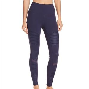 NWT Alo Yoga high-waist moto leggings
